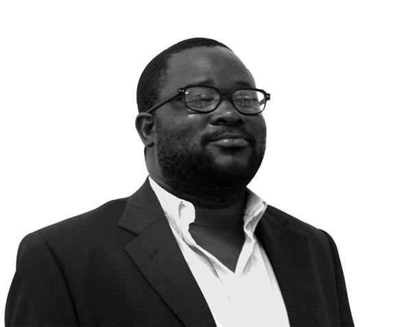 Na foto: o poeta angolano Abreu Paxe (Fotógrafo não identificado)